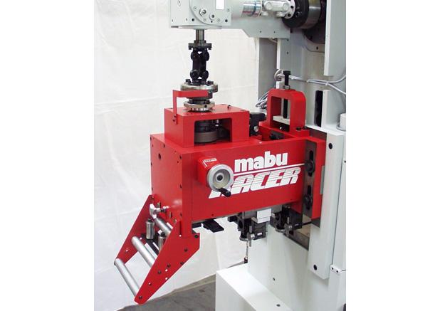 Mabu machanisch aanvoer apparaat
